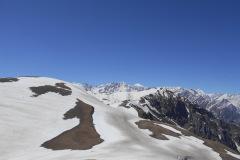 saurkundi-pass-trekking-manali-10