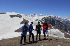 saurkundi-pass-trekking-manali-11