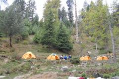 saurkundi-pass-trekking-manali-12