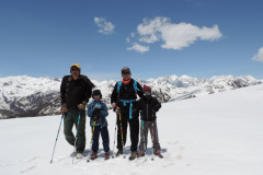 saurkundi-pass-trekking-manali-17