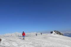saurkundi-pass-trekking-manali-3