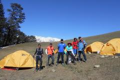 saurkundi-pass-trekking-manali-4
