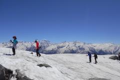saurkundi-pass-trekking-manali-8