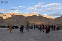 ladakh-tour-package-16