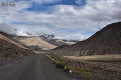 ladakh-tour-package-23