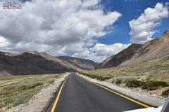 ladakh-tour-package-4