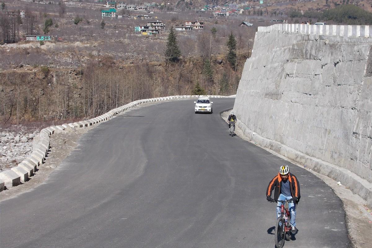 Manali Cycling Day Tour